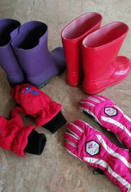 2 pares botas agua y guantes niño