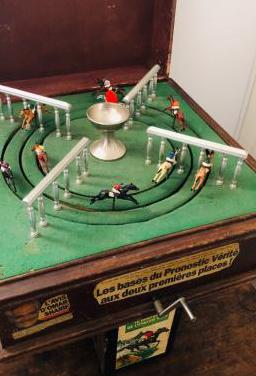 Carreras caballos juguete 1930