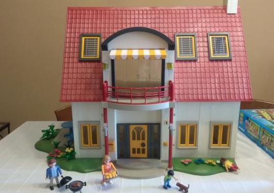 Casa moderna playmobil.