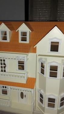 Casa muñecas completamente nueva!!!