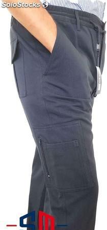Pantalones con bolsillo y cremallera,para invierno.