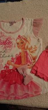 Camiseta barbie y pantalón corto