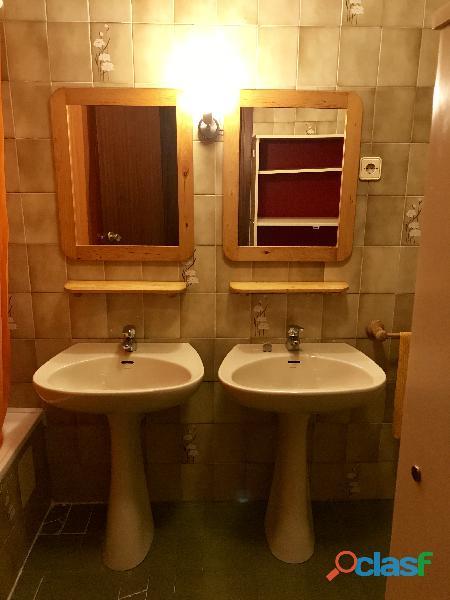 Se alquila 1 Habitación DOBLE con 2 camas individuales 8