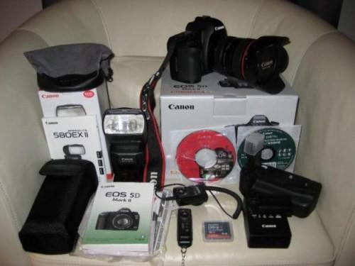 Canon eos 5d mark iii kit digital camera - 24-105mm lens