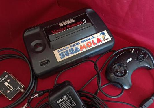 Consola master system ii.