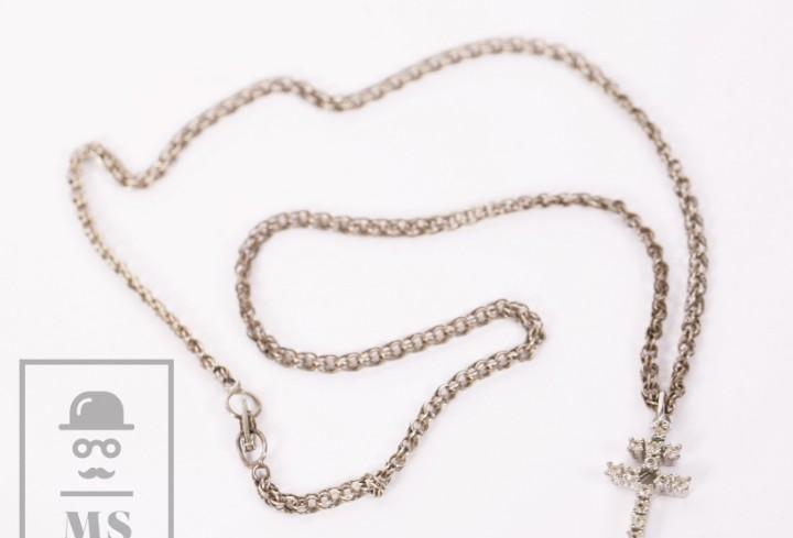 Crucifijo con cadena de plata - cruz con pedrería - medidas