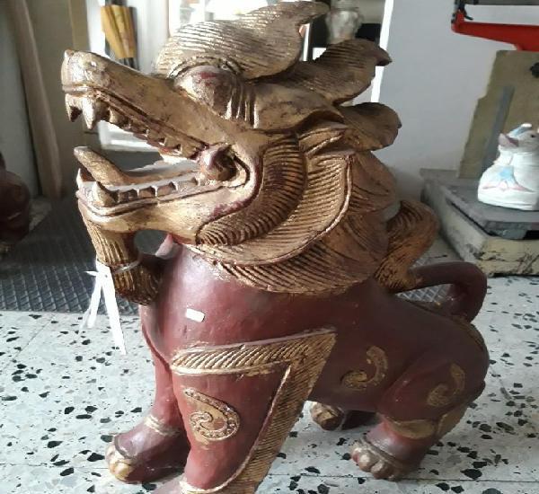 Leon de foo madera thailandia años 80
