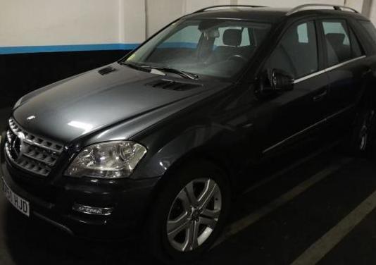 Mercedes-benz clase m ml 300 cdi 4m blue efficien