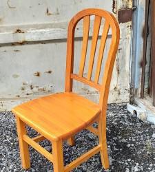 Mesa y sillas provenzal