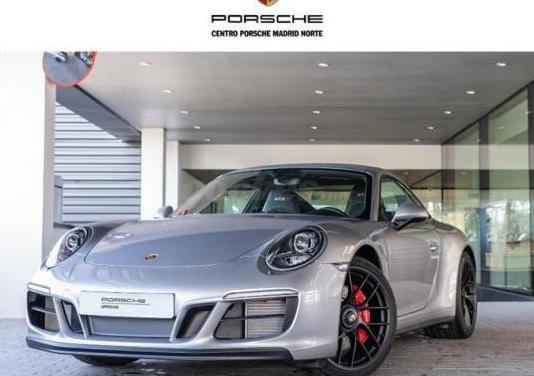 Porsche 911 carrera 4 gts 2p.