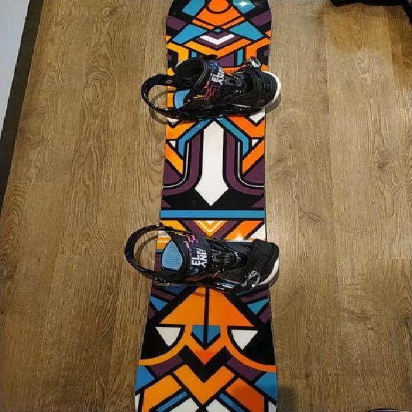 Tabla de snowboard + botas