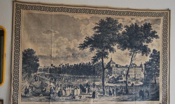 Vista del paseo del prado de madrid - cibeles - palacio de