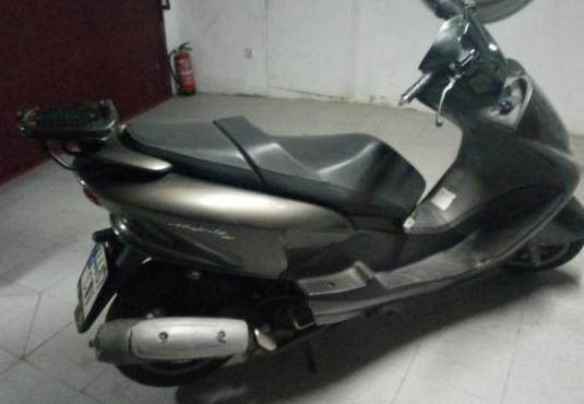Yamaha majesty 125 (2000-2008)