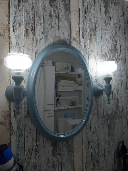 Espejo y accesorios wc