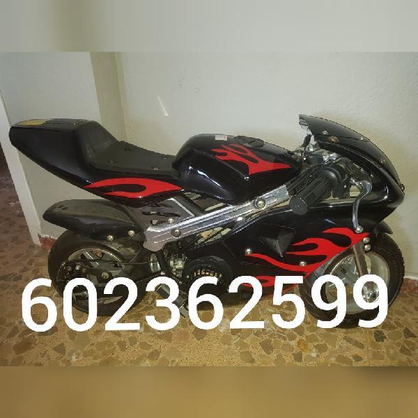 Mini moto seminueva