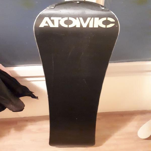 Tabla snowboard atomic 155cm.