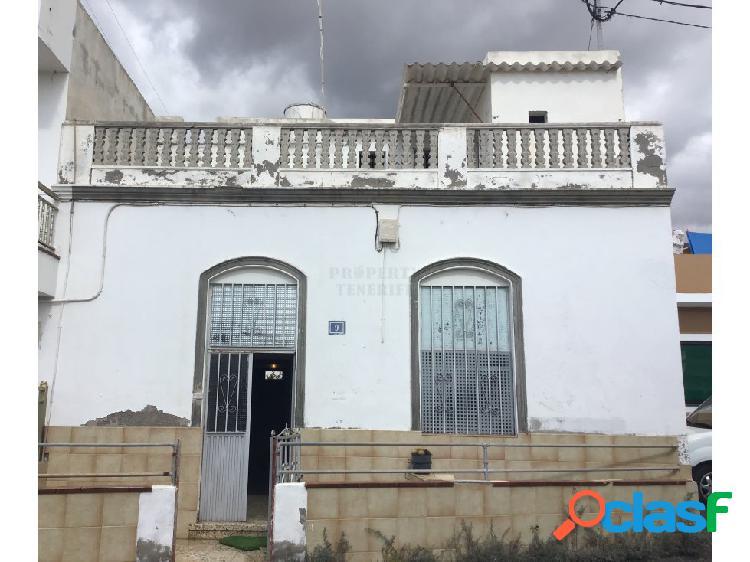 Se vende casa para reformar en valle san lorenzo
