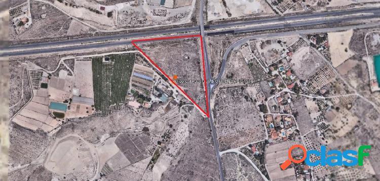 Terreno urbanizable próximo al aeródromo de muchamiel y a 1 km del centro de la población