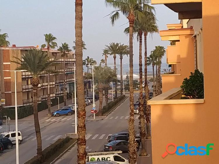 Apartamento con vistas al mar a unos pasos del arenal de javea, costa blanca