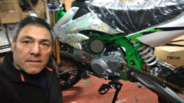Mecánico especializado pit bike