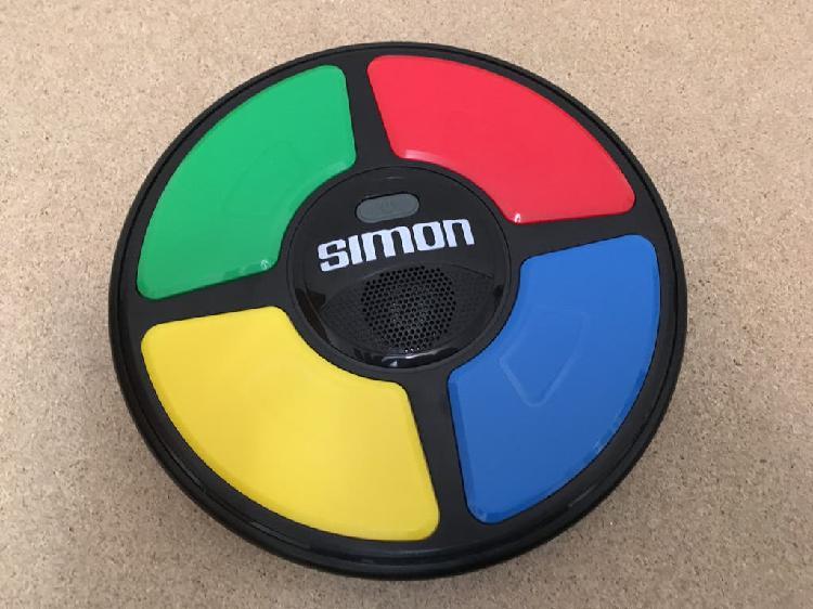 Simon juego de memoria con luces y sonidos