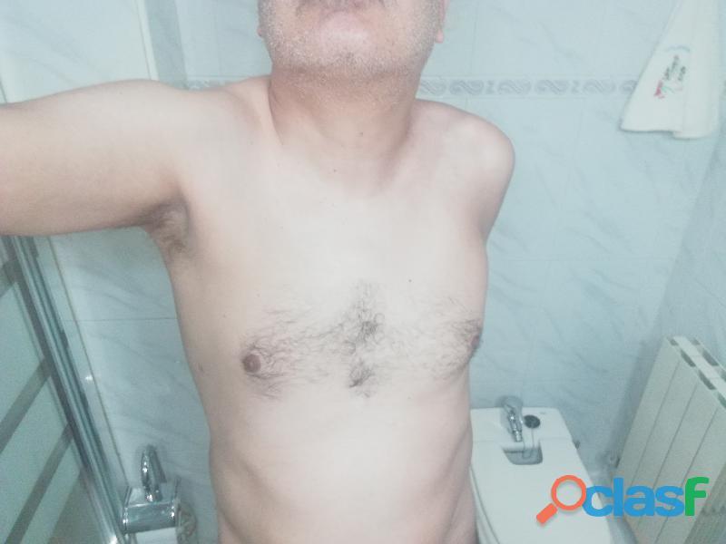 Activo gay cañero 49 años sano y muy discreto.