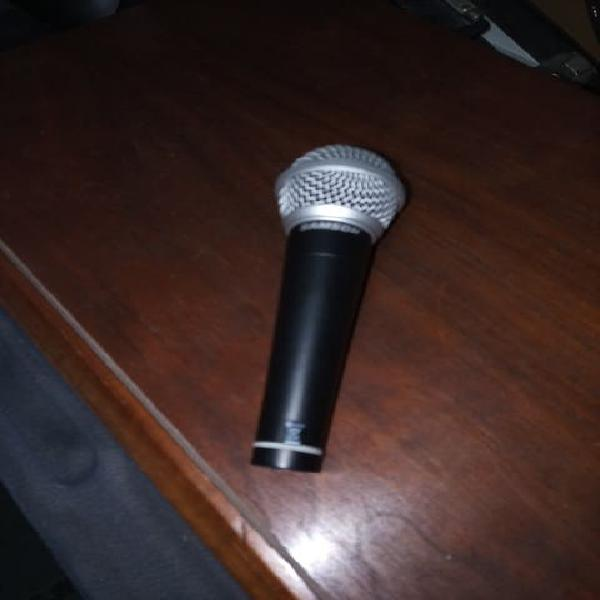 Microfono.
