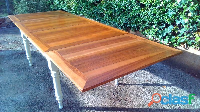 Preciosa mesa de comedor antigua extensible a 3 metros