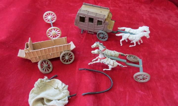 Lote diligencia wells fargo - carreta - caballos - ruedas -