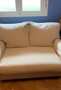 Sofa cama a estrenar. urgente