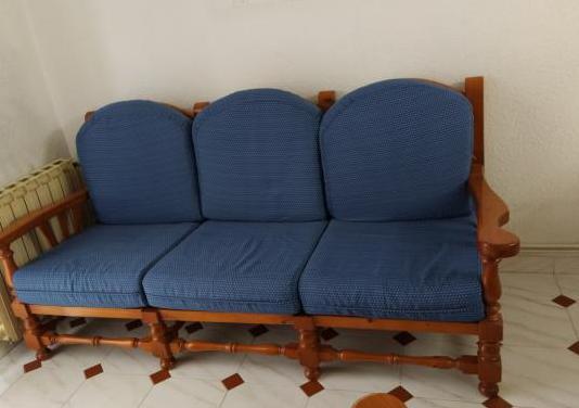 Sofa tres plazas dos sillones