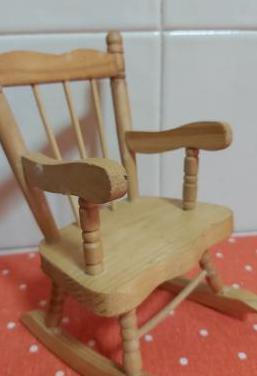 Silla mecedora madera
