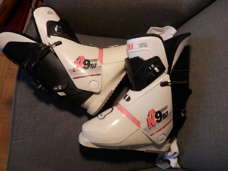 Botas esquí nordica n 997+ guantes goretex salomo