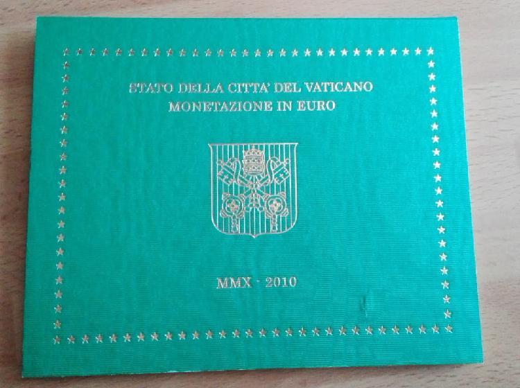 Cartera oficial vaticano 2010 + coincard 2010