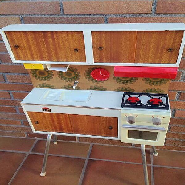 Cocinita madera años 70