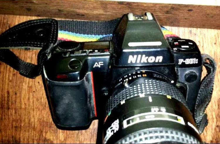 Cuerpo cámara réflex nikon f180 (más de imagen y sonido