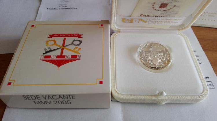 Moneda 5 euros vaticano 2005. sede vacante. rara