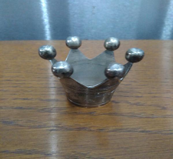 Pequeña corona