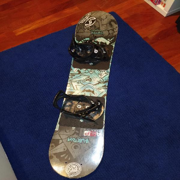 Tabla snowboard y fijaciones niño burton