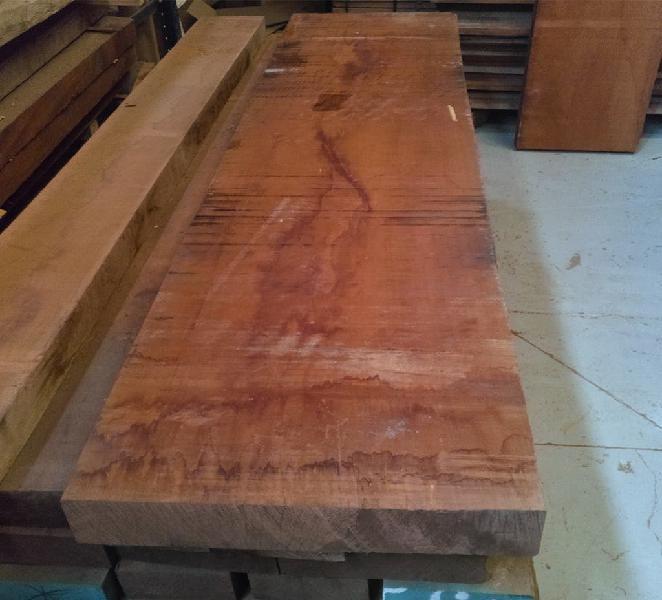 Tablón madera caoba honduras muy ancho 57,5 cm