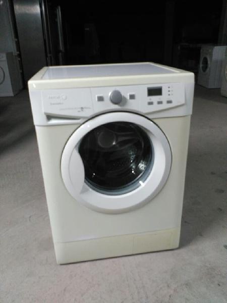 Lavadora fagor 8kg 1000rpm.