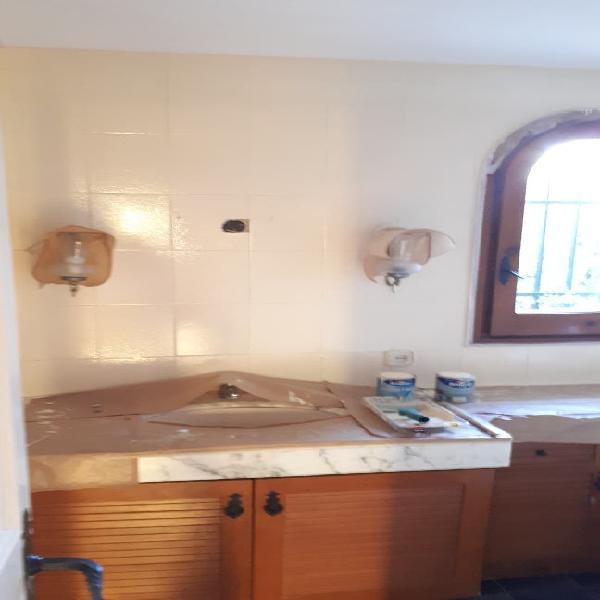 Pintar azulejos , baños - cocinas