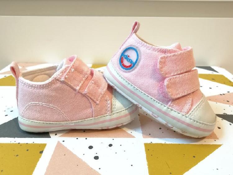 Zapato bebé talla 16 marca chicco