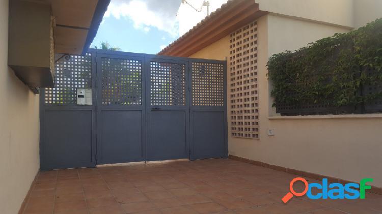 Plaza de garaje en venta en fuengirola. buen acceso a7