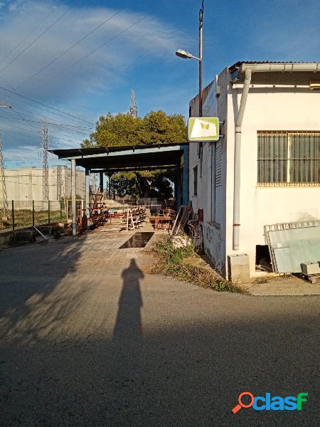 Se vende o alquila nave industrial en el campet en novelda (alicante)