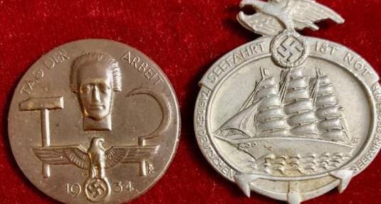 Alemania, iii reich, dos emblemas diferentes