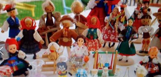 Colección muñecos antiguos madera