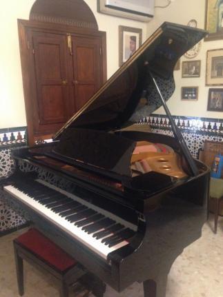 Piano en excelentes condiciones. gran oportunidad!!