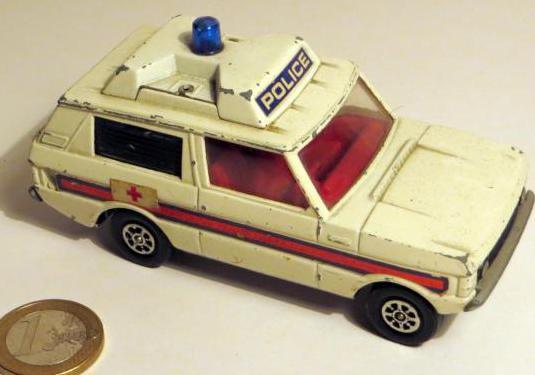 Range rover policia de corgi