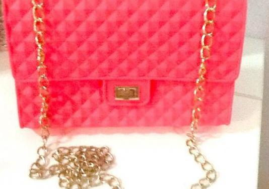 Bolso rosa fucsia